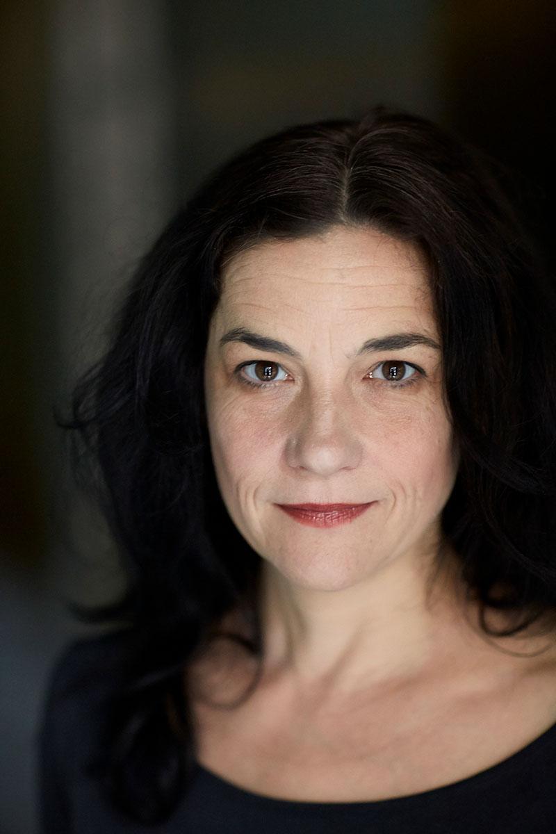 Anna Lyons, porträtt, 2017 Foto: Bengt Alm
